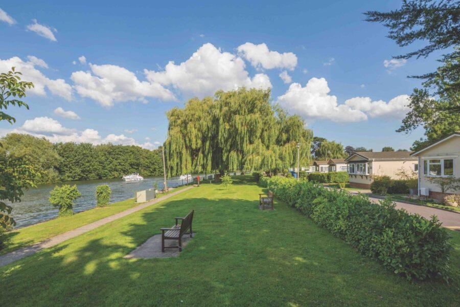 Willows Riverside Park